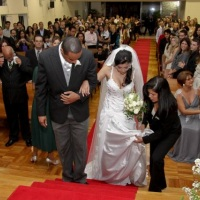 Vamos ajudar a noiva