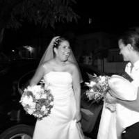 Na entrada da recepção, descontraindo a noiva!