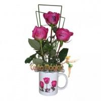 Caneca com rosas personalizadas