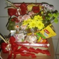 Bau cafe da manha com flores R$112,00