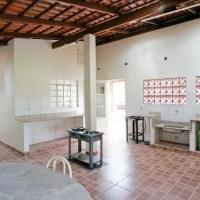 Cozinha externa, conjugada c/ área de churrasqueira