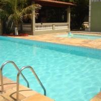 1 Piscina ampla para adultos e 1 piscina infantil