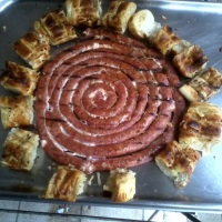 linguiça grill e pão de alho