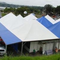 Acoplagem de 10 ou mais tendas em um mesmo evento.