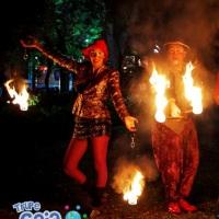 Espetáculo com malabares de fogo