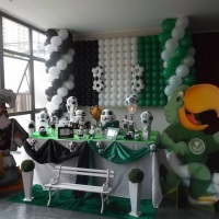 Decoração tradicional Corithians e Palmeiras estilo Clean