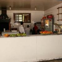 Cozinha equipada(fogão industrial,freezer,geladeira,churrasqueira)
