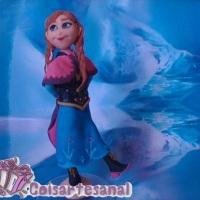 Topo de Bolo em biscuit da Anna do filme Frozen.