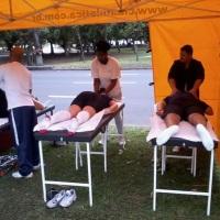 Massoterapia em evento desportivo pela Academia Companhia Athlética