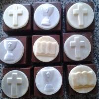 Pão de mel enformado Eucaristia