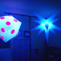 Sputiniks dado 40x40 e estrela 11 raios, com luz negra, para iluminação de pista e ambiental, show !