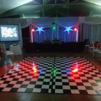 Equipamento com treliça, telão, tapete  para festas de 15 anos/casamentos e outros.
