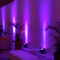 Iluminação Cênica para deixar sua festa mais colorida http://www.djkidspe.com/