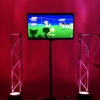 Aluguel de Tvs para passar os videos do tema e as fotos do aniversariante  http://www.djkidspe.com/