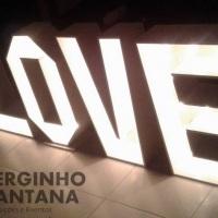 Maravilhoso Letreiro Luminoso LOVE