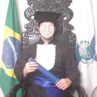 Foto Individual na cadeira de grau