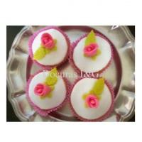 Mini Cupcakes recheados e confeitados em 3D - Rosinhas.