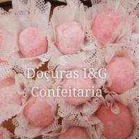 Brigadeiros Gourmets Moranguinhos.