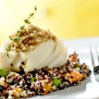 Opções de Almoço ou Jantar. Lombo de Bacalhau com Salada de Quinoa Real.