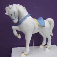 cavalo de carrocel - isopor com fibra de vidro
