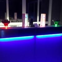 Bar móvel iluminado (Rgb 16 cores).