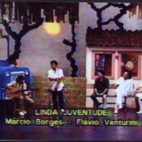 Apresentação no programa de TV, Arrumação/Saulo Laranjeira. Acompanhou, ao violão, Tadeu Franco, Mur