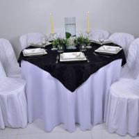 Aluguel de mesa, toalha e capa de cadeira