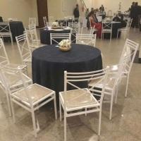 Aluguel de mesa com cadeira de ferro 06 lugares