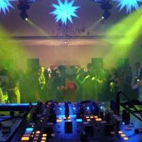 Vista da mesa do DJ para a pista de danças, Moving Heads, Local Marifestas em Guapiaçu-SP