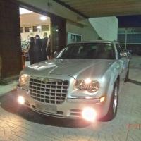 Casamento de Magda e Lucas - Conduzidos por um Chrysler 300C Prata