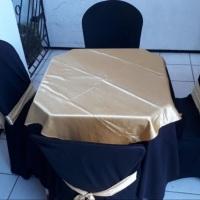 capas de cadeiras laços toalhas e cobre manchas