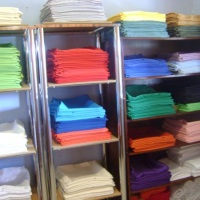toalhas de diversas cores