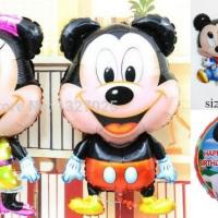 Vários personagens Mickey e Minie.