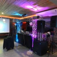 Estrutura de som luzes e DJ