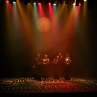 SEGILIGHT presente no espetaculo de teatro LOS CATEDRASTICOS.