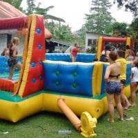 Futebol de sabão para adultos e crianças