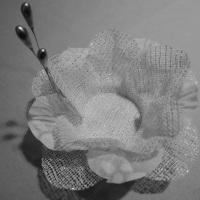 Forminha de tecido Romântica branco com prata