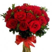 Buquê Festa de Rosas Vermelhas. www.fiorebella.com