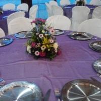 centro de  mesa com flores do campo