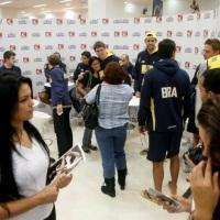 Tarde de autografos da seleção Brasileira de volei no BH Shopping