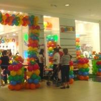 Decoração com Balões em Loja Infantil