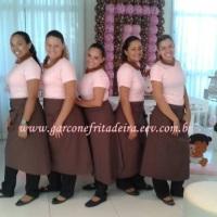 Uniforme rosa com marrom