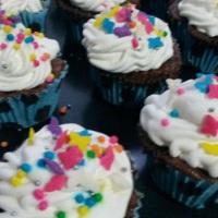 Oficina de cupcake!!! Sim, nós temos! Contrate e deixe sua festa diferente.