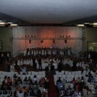 Telões, box truss, luz decorativa, som, chuva de prata e movies (Bat mitzva Colégio Liessin - Hebrai