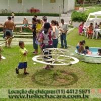 Chácara Altamira - playground e piscina infantil