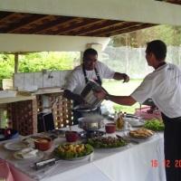 Chácara Altamira - churrasqueira coberta para 80 pessoas com cozinha