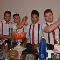 Equipe de Bartenders.