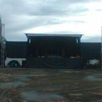 Carreta-palco e P.A line
