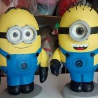 Minions Esculturas de isopor por encomenda