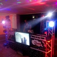 DJ E VJ tocando com videos clipes e tv de 42, orçamentos zap (81) 99701-2082
